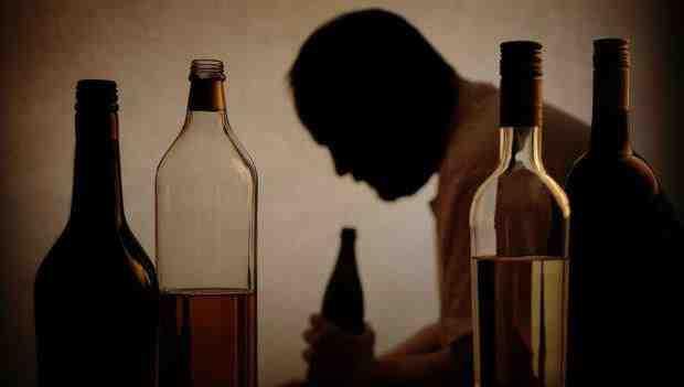 Thế nào là nghiện rượu và thuốc để cai rượu