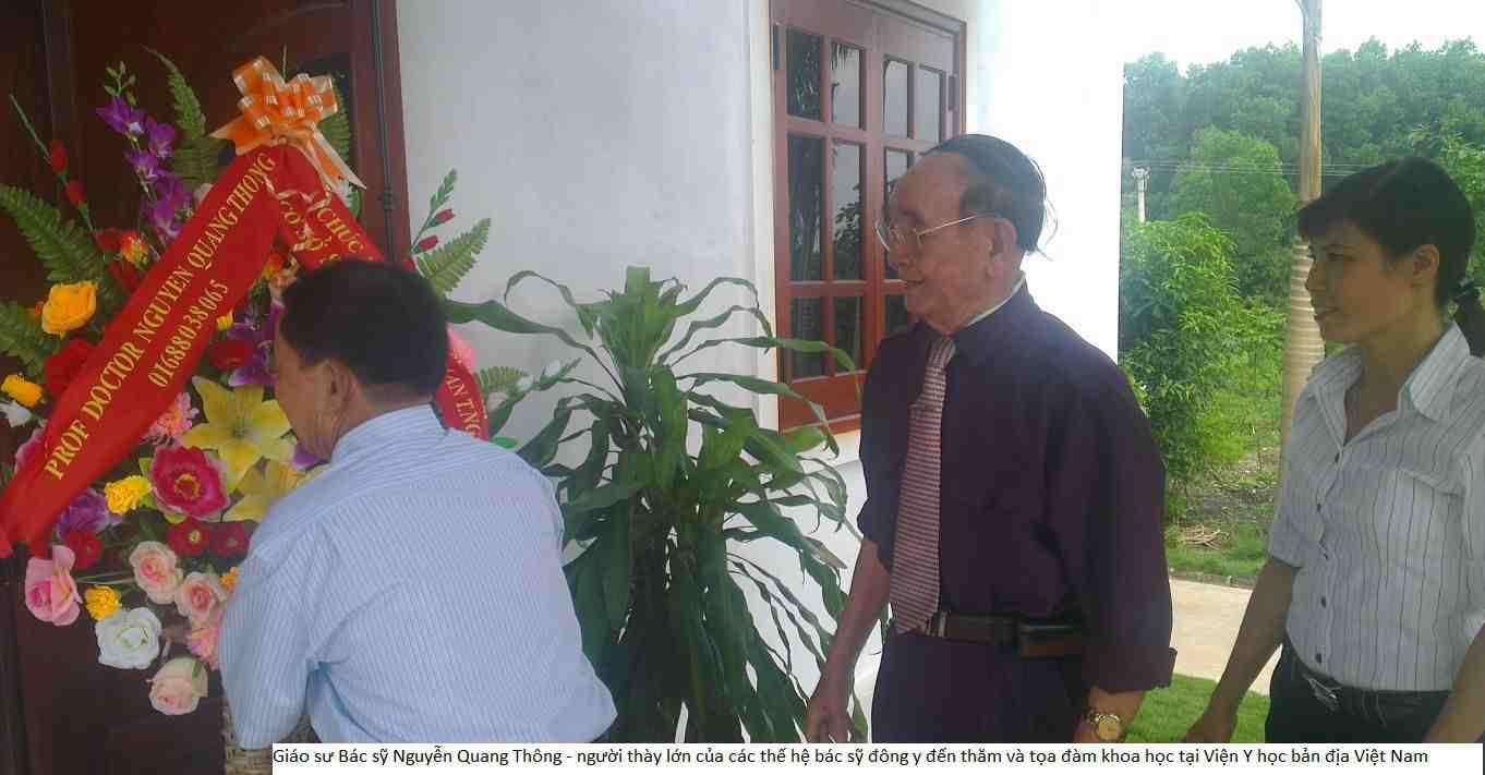 Giáo sư, Bác sỹ Nguyễn Quang Thông – Người thày lớn của các thế hệ bác sỹ đông y đến thăm và tọa đàm khoa học tại Viện Y học bản địa Việt Nam