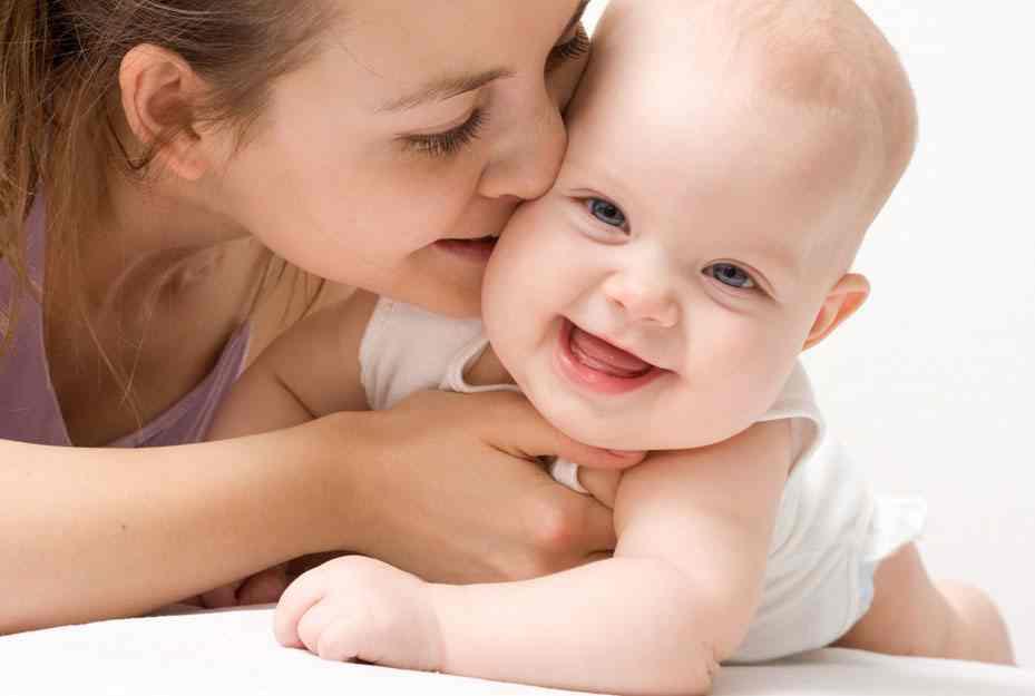 HIV / AIDS với bà mẹ và trẻ sơ sinh